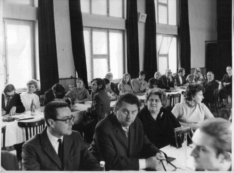 Účastníci osláv 20 rokov astronómie v Hlohovci (1974)
